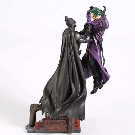 Arkham Origins Batman Vs Joker Collectible Model Toy
