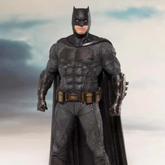 Justice League DC Comics Batman Statue Toy Figure2