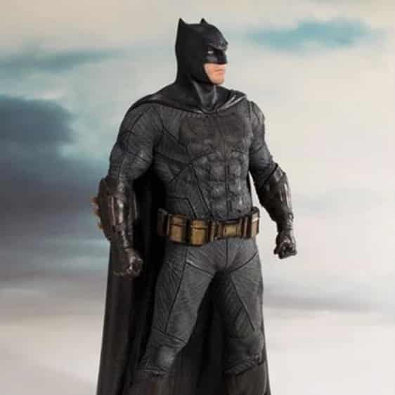Justice League DC Comics Batman Statue Toy Figure1