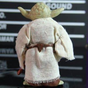 Star Wars Legendary Jedi Master Yoda Statue Figure